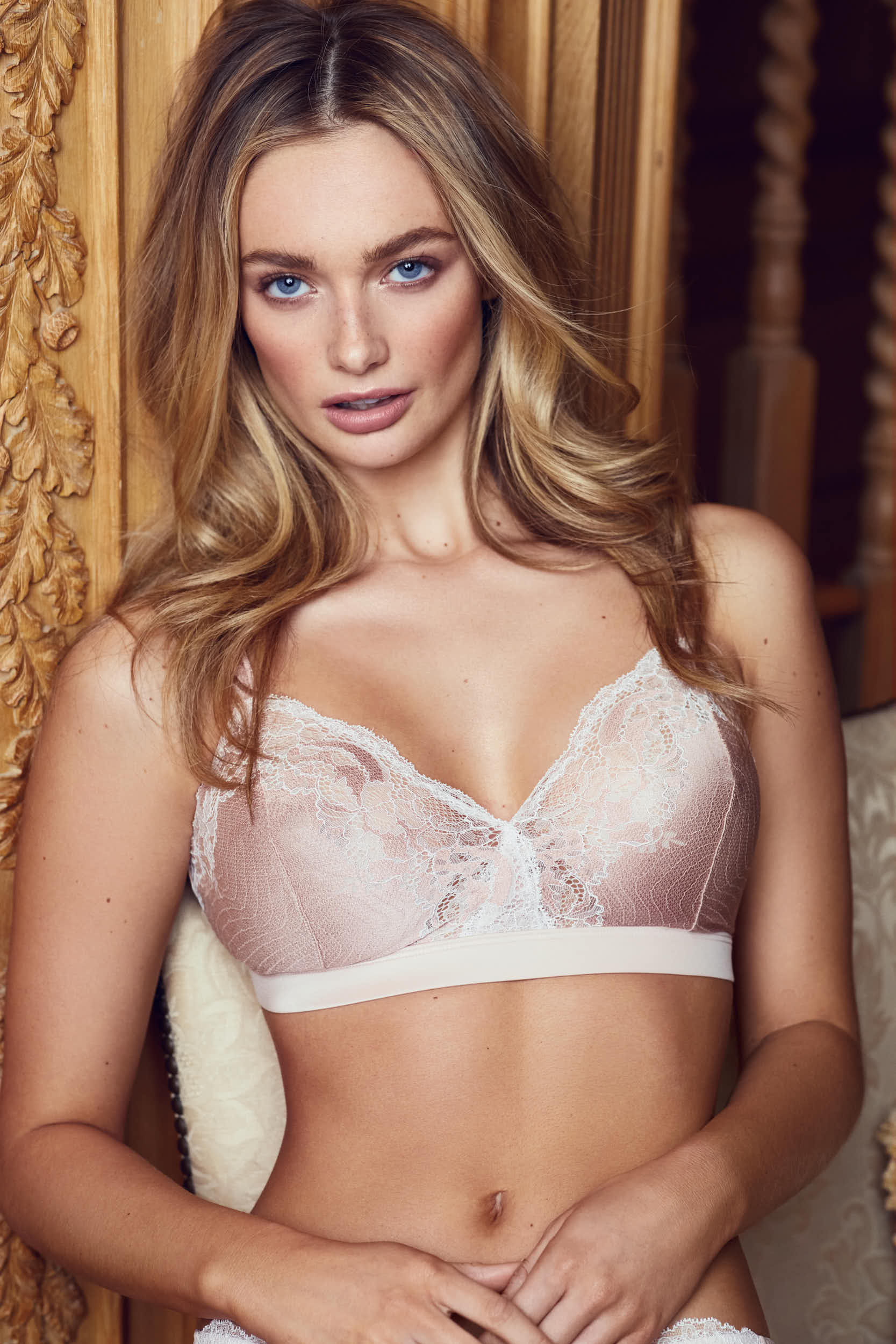 NC_BrownThomas_Lingerie_01_05